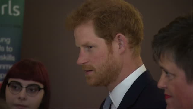 shows interior shots prince harry talking to guests at leeds leads encouraging young minds event a charity fair and panel discussion on issues and... - mental wellbeing stock videos & royalty-free footage