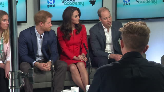 shows interior shots prince william talking during round table discussion on mental health with prince harry catherine duchess of cambridge students... - round table discussion stock videos & royalty-free footage