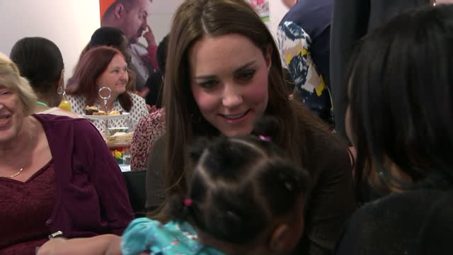 shows interior shots the duchess of cambridge sat with mother laughing with her young daughter on january 16 2015 in london england - pflegeverhältnis stock-videos und b-roll-filmmaterial