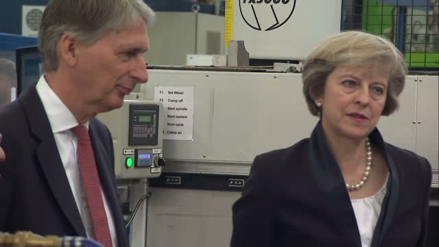 stockvideo's en b-roll-footage met shows interior shots uk prime minister theresa may and cabinet meeting at chequers. interior shots president obama issuing warning over post brexit... - plant stage