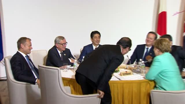 shows interior shots various world leaders including italian prime minister matteo renzi uk's prime minister david cameron german chancellor angela... - g7サミット点の映像素材/bロール
