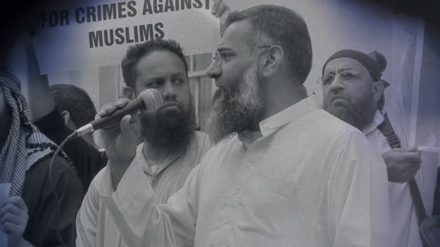 shows treated shots islamist preacher anjem choudary making speeches and preaching at protests and arriving at court during trial. exterior shots... - crime or recreational drug or prison or legal trial stock-videos und b-roll-filmmaterial