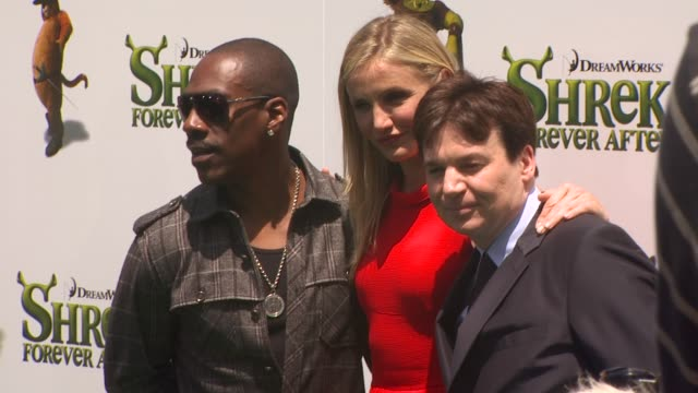 shrek forever after premiere universal city ca united states 05/16/10 - mike myers actor stock videos & royalty-free footage