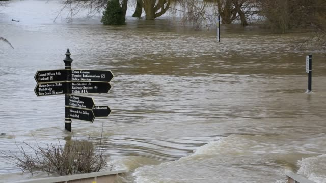 shrewsbury flooded by the river severn after the wettest february ever recorded in the uk febrary 2020 - road sign stock videos & royalty-free footage