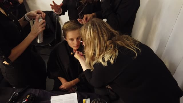 backstage shrimps at lfw february 2019 backstage on february 18 2019 in london united kingdom - shrimp seafood stock videos & royalty-free footage