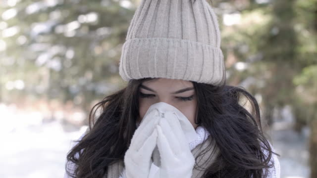 vidéos et rushes de sick woman/ debica/ poland - nez humain