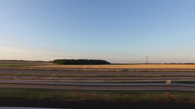 vidéos et rushes de 4k side view from car - autoroute