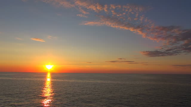 ws side pov view of sunset at baltic sea near gdynia / baltic sea, poland - baltic sea stock videos and b-roll footage