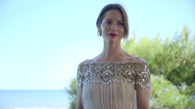 sienna guillory at 'the goob' interviews - 71st venice international film festival at venice days villa on august 28, 2014 in venice, italy. - sienna guillory stock videos & royalty-free footage