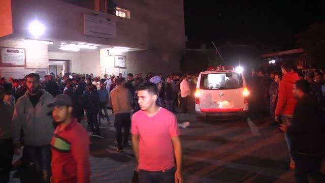 siete palestinos murieron el lunes despues que israel bombardeara un tunel que conectaba la franja de gaza con su territorio - palestina stock videos and b-roll footage