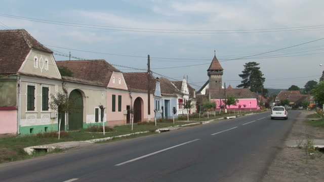stockvideo's en b-roll-footage met sighisoaraa road in sighisoara romania - târgu mureș