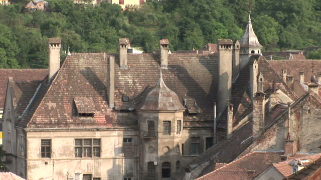 sighisoaraold buildings in sighisoara transylvania romania - sighişoara video stock e b–roll