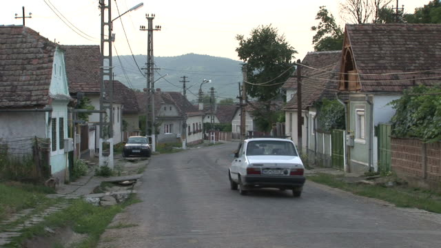 stockvideo's en b-roll-footage met sighisoararesidential area in sighisoara romania - târgu mureș