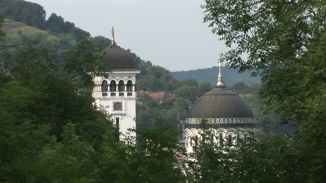 stockvideo's en b-roll-footage met sighisoarasighisoara town orthodox church transylvania romania - târgu mureș