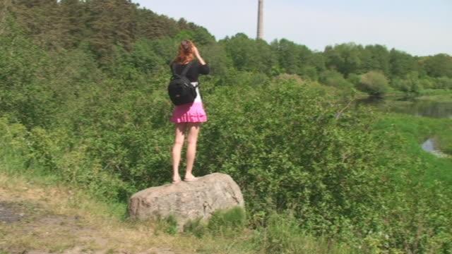 visite turistiche - minigonna video stock e b–roll
