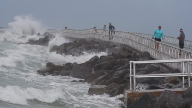 FL: Tropical Storm Isaias Batters Florida Coast
