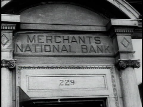 vídeos y material grabado en eventos de stock de sign above the door of the merchants national bank / south bend, indiana united states - 1934