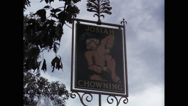 sign for josiah chowning's tavern, colonial williamsburg, virginia, usa - colonial stock videos & royalty-free footage