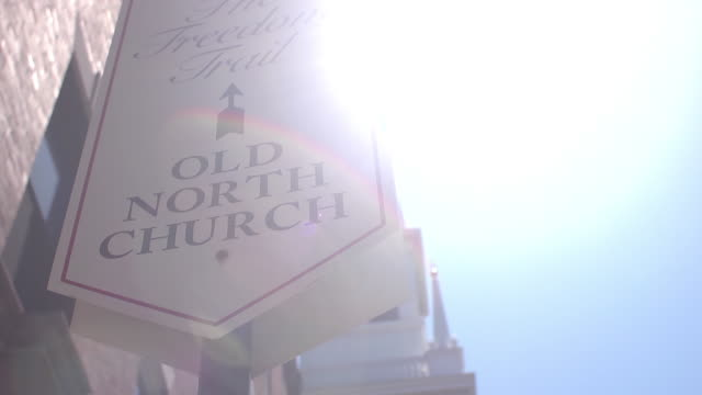 sign for old north church - old north church stock videos & royalty-free footage