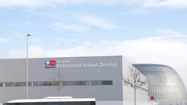 ESP: Isabel Zendal Hospital Prepares Its Third Pavilion To Open In Madrid