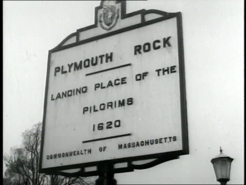 stockvideo's en b-roll-footage met a sign indicates plymouth rock massachusetts - bedevaart