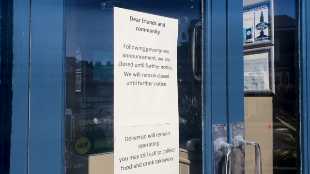 a sign on the window of the actress pub displays its closed during the coronavirus pandemic on march 22 2020 in east dulwich london england - brian dayle coronavirus stock videos & royalty-free footage