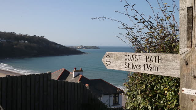 sign pointing to st ives as u.k. pickscornwallfor in person g7 summit in june, in carbis bay, cornwall, u.k., on friday and saturday, april 2 and... - beauty in nature stock videos & royalty-free footage