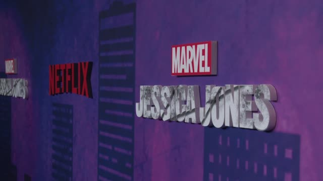 atmosphere signage at a netflix original series marvel's jessica jones new york premiere at amc loews lincoln square on march 07 2018 in new york city - バーナデット ピータース点の映像素材/bロール