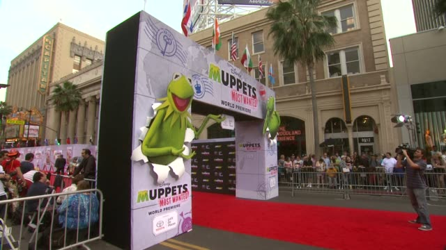 atmosphere signage at disney's muppets most wanted los angeles premiere at the el capitan theatre on march 11 2014 in hollywood california - el capitan theatre stock videos & royalty-free footage