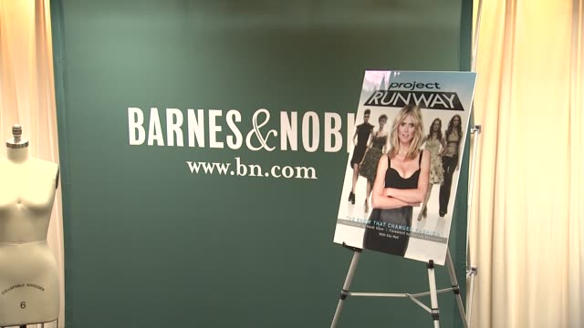 signage at heidi klum heidi klum signs copies of project runway the show that changed fashion at barnes noble 5th avenue on july 13 2012 in new york... - barnes & noble stock videos & royalty-free footage