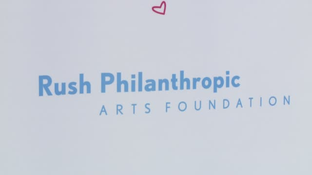 vídeos y material grabado en eventos de stock de atmosphere signage at russell simmons' rush philanthropic arts foundation's annual rush hearts education luncheon at the plaza hotel on march 11 2016... - russell simmons