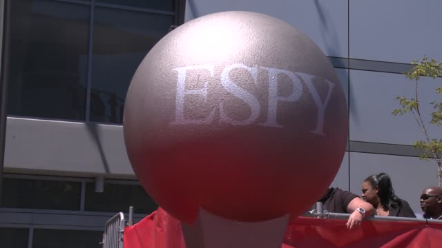 vídeos y material grabado en eventos de stock de atmosphere signage at the 2013 espy awards on 7/17/2013 in los angeles ca - premios espy