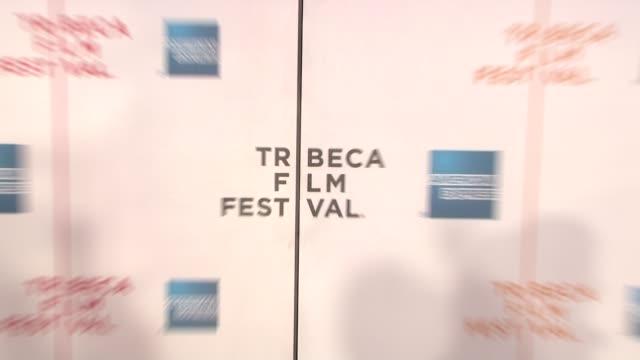 vídeos de stock e filmes b-roll de signage at the 90 miles the documentary premiere at the 7th annual tribeca film festival at the borough of manhattan community college / tribeca... - universidade comunitária