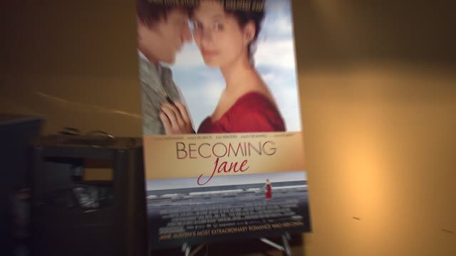 signage at the 'becoming jane' new york premiere at landmark's sunshine theatre in new york, new york on july 24, 2007. - ランドマークサンシャインシアター点の映像素材/bロール