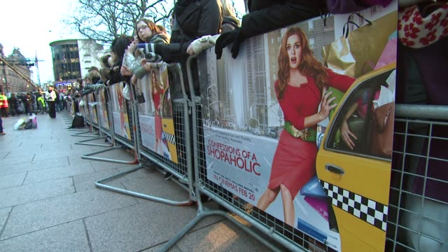 signage at the confessions of a shopaholic uk premiere at london . - shopaholic stock-videos und b-roll-filmmaterial
