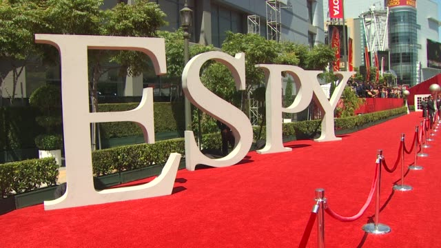 vídeos de stock, filmes e b-roll de signage at the espn's 2010 espys at los angeles ca - espy awards