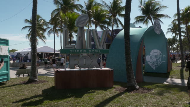 atmosphere signage at the fox sports compound at lummus park on january 29 2020 in miami beach florida - super bowl stock videos & royalty-free footage