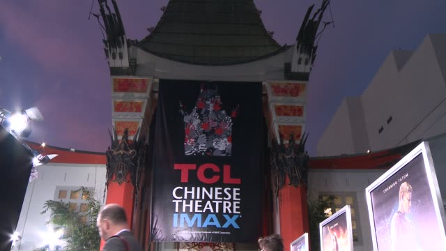 vídeos y material grabado en eventos de stock de atmosphere signage at the jupiter ascending los angeles premiere at tcl chinese theatre on february 02 2015 in hollywood california - mann theaters