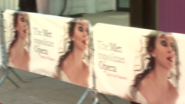 vídeos de stock, filmes e b-roll de signage at the metropolitan opera season opens with a starstudded red carpet at lincoln center in new york new york on september 24 2007 - metropolitan opera house