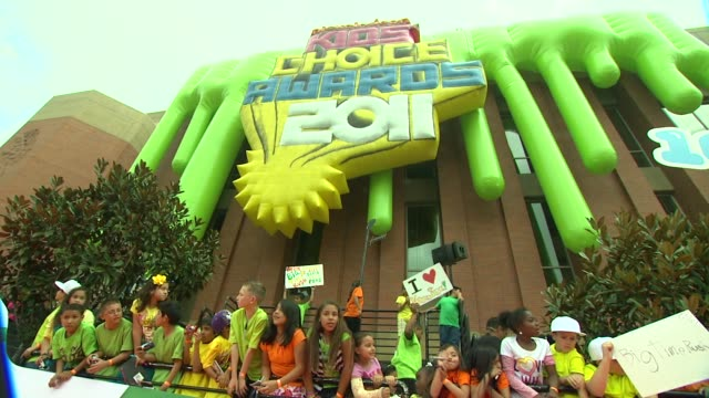 signage at the nickelodeon's 2011 kids' choice awards - arrivals at los angeles ca. - nickelodeon stock videos & royalty-free footage