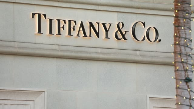 Signage at the Tiffany Co store on Rodeo Drive in Beverly Hills California US on Sunday November 26 2017 Photographer Patrick T Fallon Shots CU of...