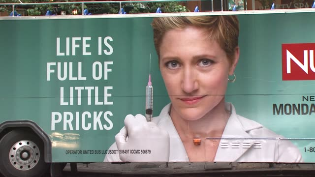 signage at the world premiere of showtime's 'nurse jackie' at new york ny - nurse jackie video stock e b–roll