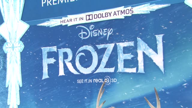 atmosphere signage at walt disney animation studios'frozen los angeles premiere in hollywood ca on - premiere stock-videos und b-roll-filmmaterial