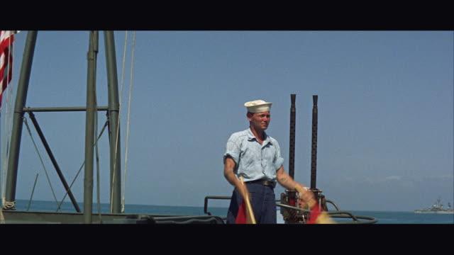 ms signalman waving flags on ship - matros bildbanksvideor och videomaterial från bakom kulisserna
