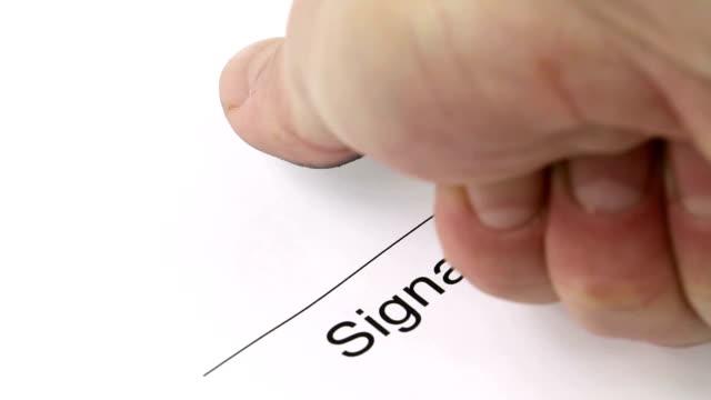 Signature with fingerprint