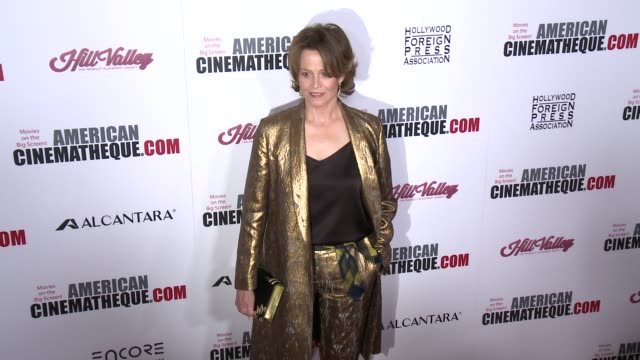 sigourney weaver at 30th annual american cinematheque awards gala in los angeles ca - sigourney weaver stock videos & royalty-free footage