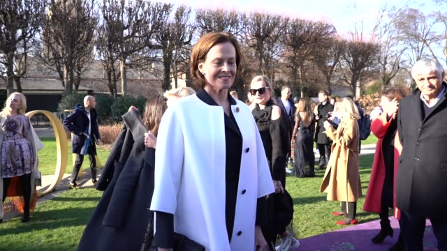sigourney weaver at paris fashion week haute couture spring/summer 2020 dior on january 20 2020 in paris france - sigourney weaver stock videos & royalty-free footage