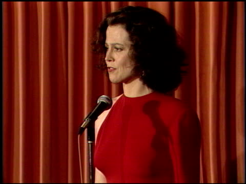 sigourney weaver at the 1989 golden globe awards at the beverly hilton in beverly hills california on january 28 1989 - sigourney weaver stock videos & royalty-free footage