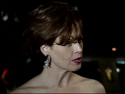 sigourney weaver at the 1995 academy awards morton party at morton's in west hollywood california on march 27 1995 - 67th annual academy awards stock videos & royalty-free footage