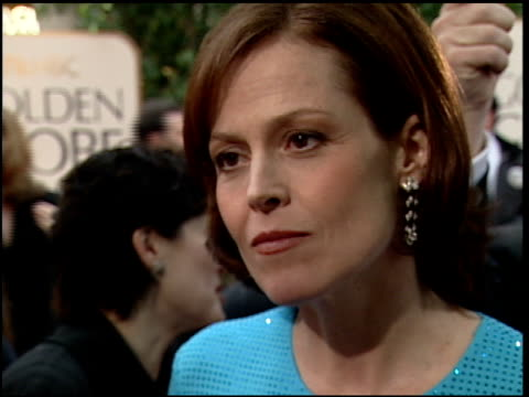 sigourney weaver at the 2000 golden globe awards at the beverly hilton in beverly hills, california on january 23, 2000. - sigourney weaver stock videos & royalty-free footage